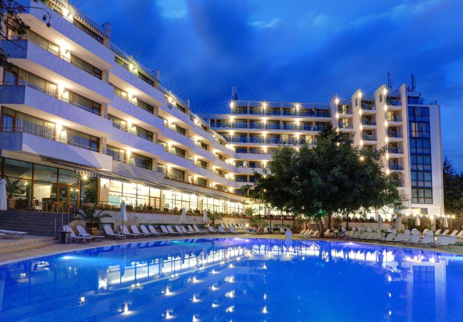 Нощувка на човек на база All Inclusive + басейн в хотел Мирабел****, Златни пясъци, снимка 6