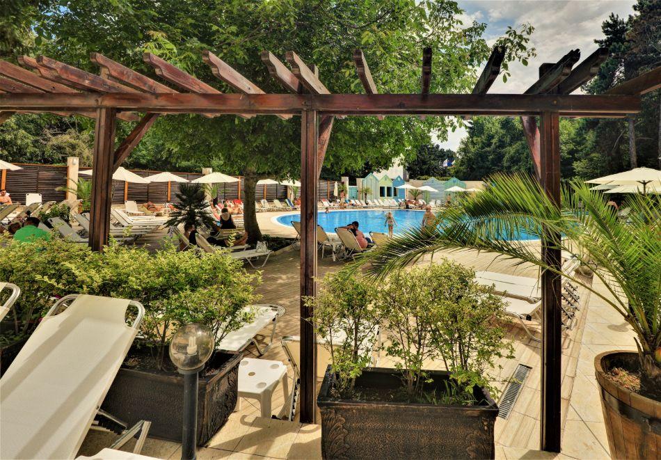 Нощувка на човек на база All Inclusive + басейн в хотел Мирабел****, Златни пясъци, снимка 19