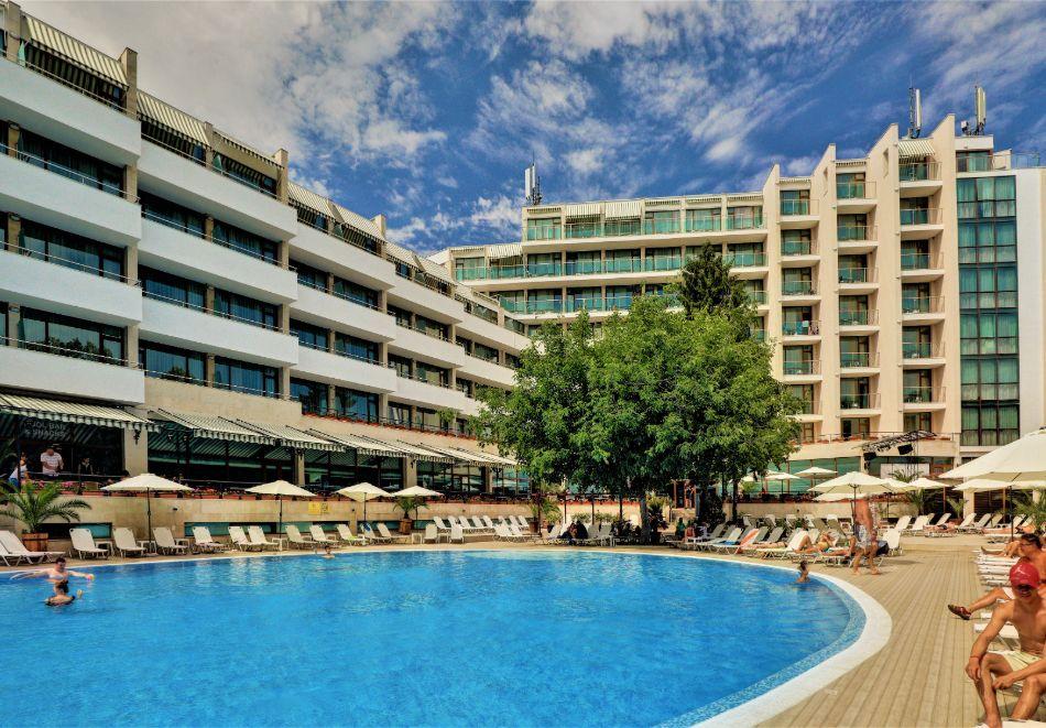 Нощувка на човек на база All Inclusive + басейн в хотел Мирабел****, Златни пясъци, снимка 7