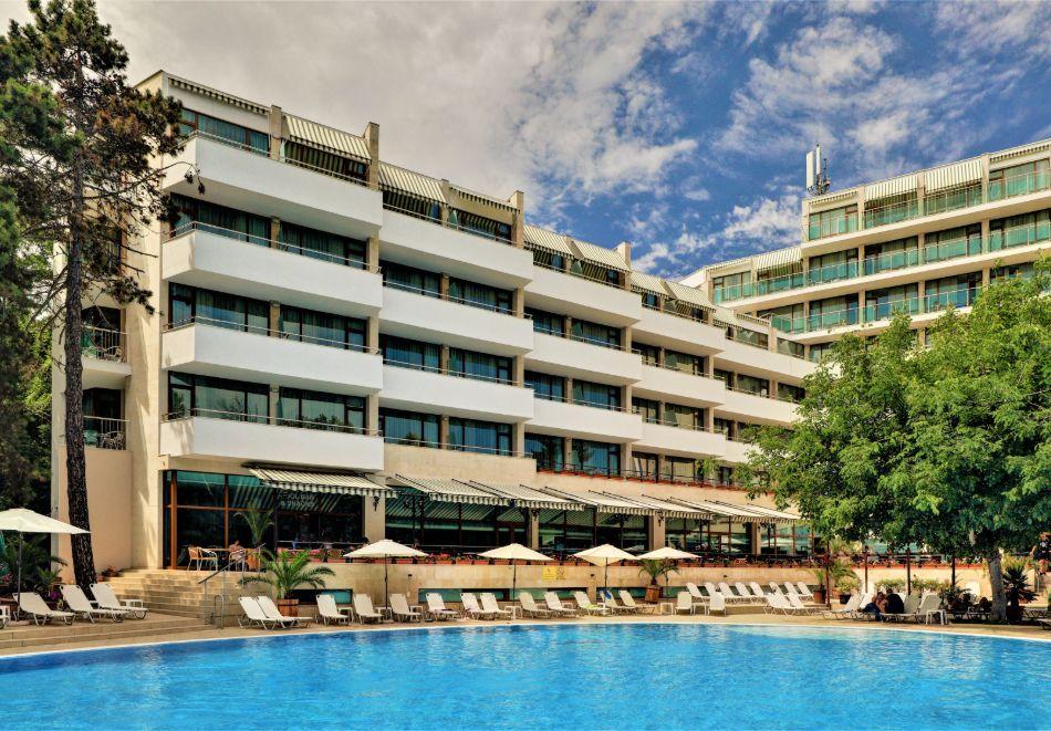 Нощувка на човек на база All Inclusive + басейн в хотел Мирабел****, Златни пясъци, снимка 3