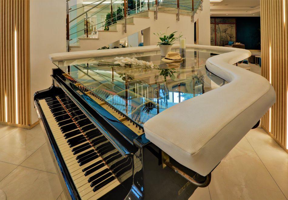 Нощувка на човек на база All Inclusive + басейн в хотел Мирабел****, Златни пясъци, снимка 25