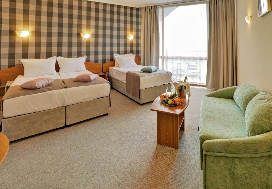 Нощувка на човек на база All Inclusive + басейн в хотел Мирабел****, Златни пясъци, снимка 12