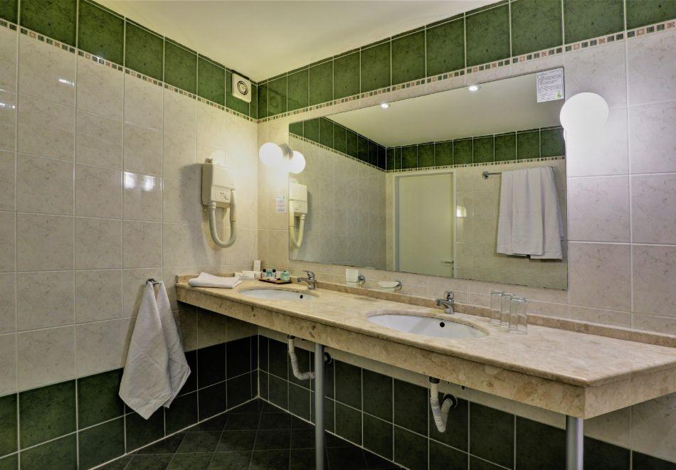 Нощувка на човек на база All Inclusive + басейн в хотел Мирабел****, Златни пясъци, снимка 17