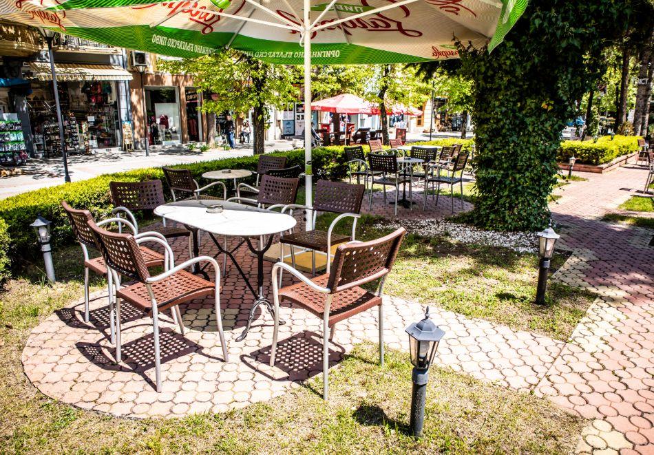 3 нощувки на човек със закуски, обеди и вечери + балнеолечебен пакет + минерален басейн в хотел Здравец Конференс и СПА, Велинград, снимка 8