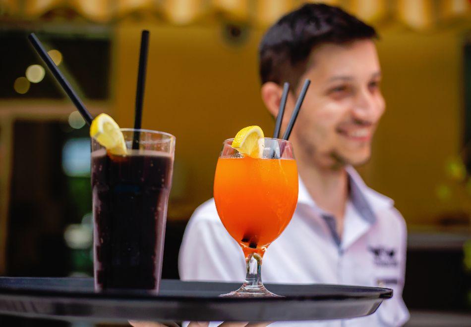 1, 2 или 3 нощувки на човек със закуски и вечери + басейн в хотел Дева, Слънчев бряг. Дете до 12г. - безплатно!, снимка 4
