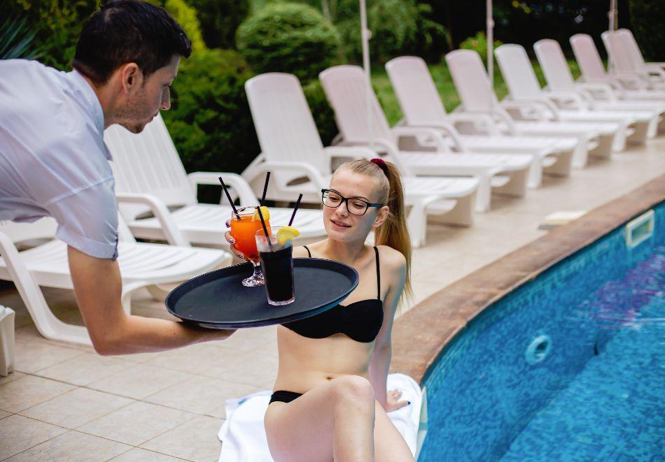 Септември в Слънчев бряг! 3 нощувки на човек на база All inclusive в хотел Дева, снимка 5