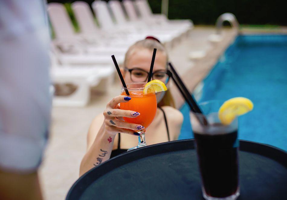 1, 2 или 3 нощувки на човек със закуски и вечери + басейн в хотел Дева, Слънчев бряг. Дете до 12г. - безплатно!, снимка 5