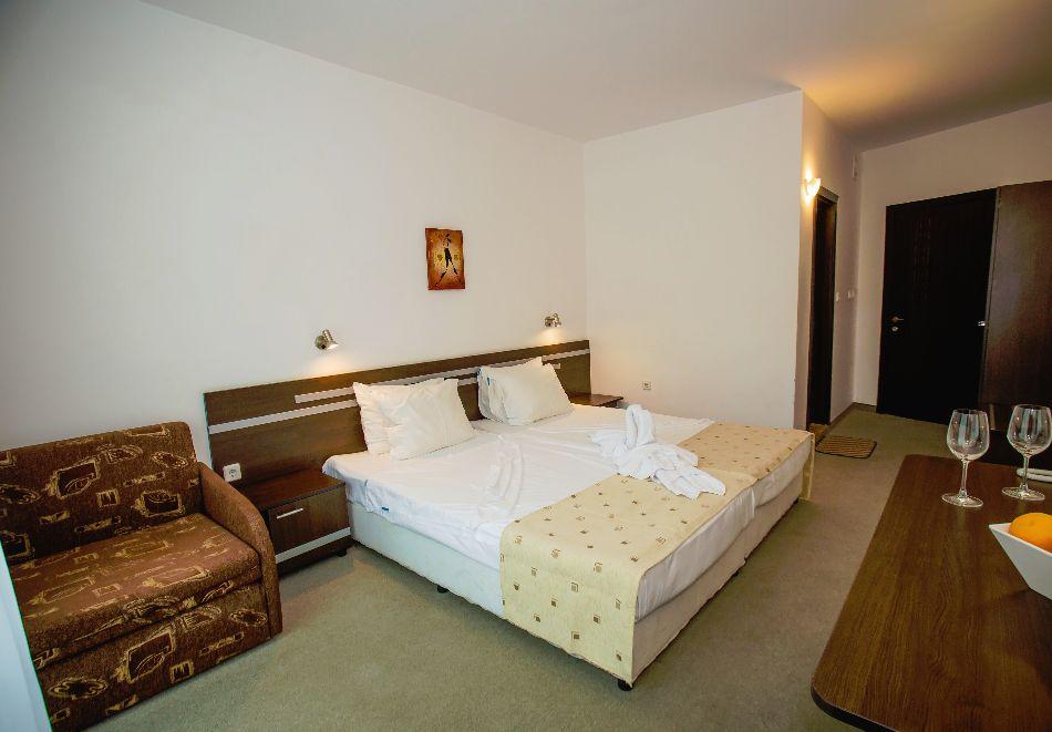 Септември в Слънчев бряг! 3 нощувки на човек на база All inclusive в хотел Дева, снимка 17