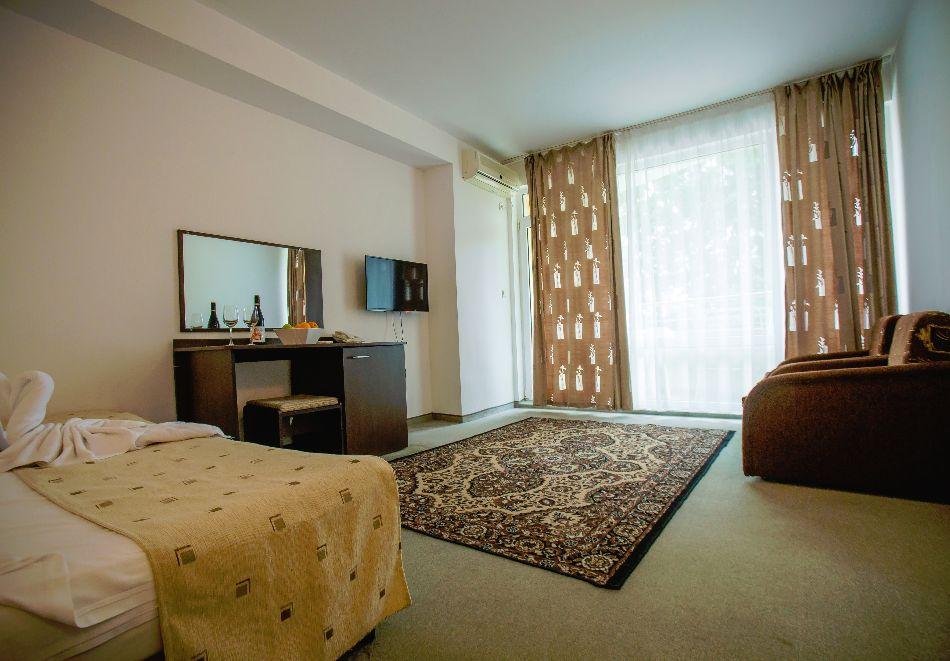 Септември в Слънчев бряг! 3 нощувки на човек на база All inclusive в хотел Дева, снимка 21