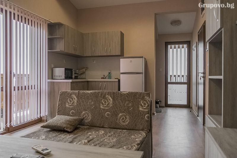 2+ нощувки със закуски за 4 или 6 възрастни + 2 деца настанени в къща от Миникомплекс Рилски тераси, Сапарева Баня, снимка 6