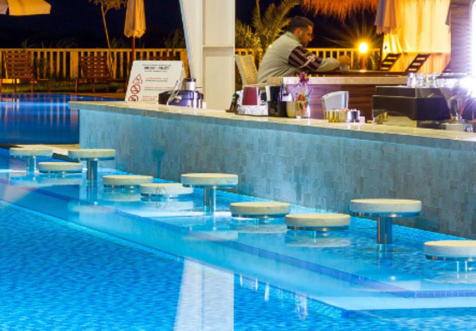 На първа линия в Созопол! Нощувка на човек със закуска + басейни от Хотел Аполония Ризорт****, снимка 7