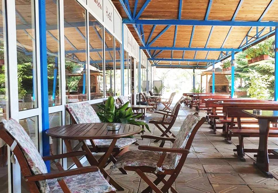 Нощувка със закуска на човек + басейн от Хотел Балатон, Слънчев Бряг, снимка 10