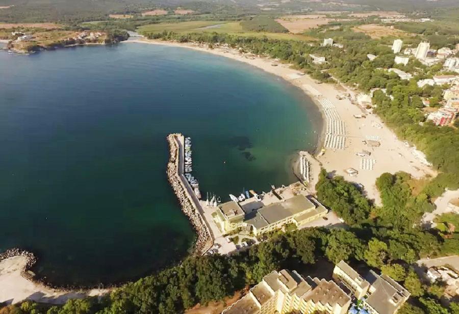 5 или 7 нощувки на човек на база All inclusive ligth на 1-ва линия в Китен + шезлонг и чадър на плажа от хотел Марина***, снимка 17