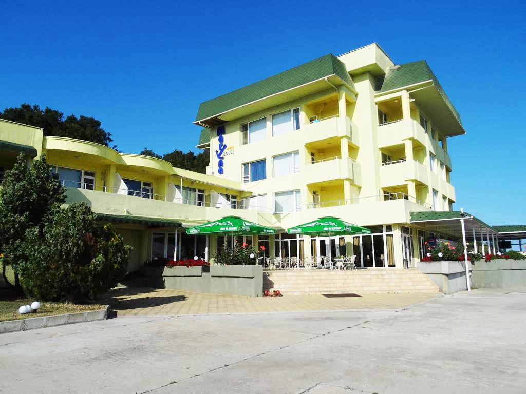 5 или 7 нощувки на човек на база All inclusive ligth на 1-ва линия в Китен + шезлонг и чадър на плажа от хотел Марина***, снимка 13