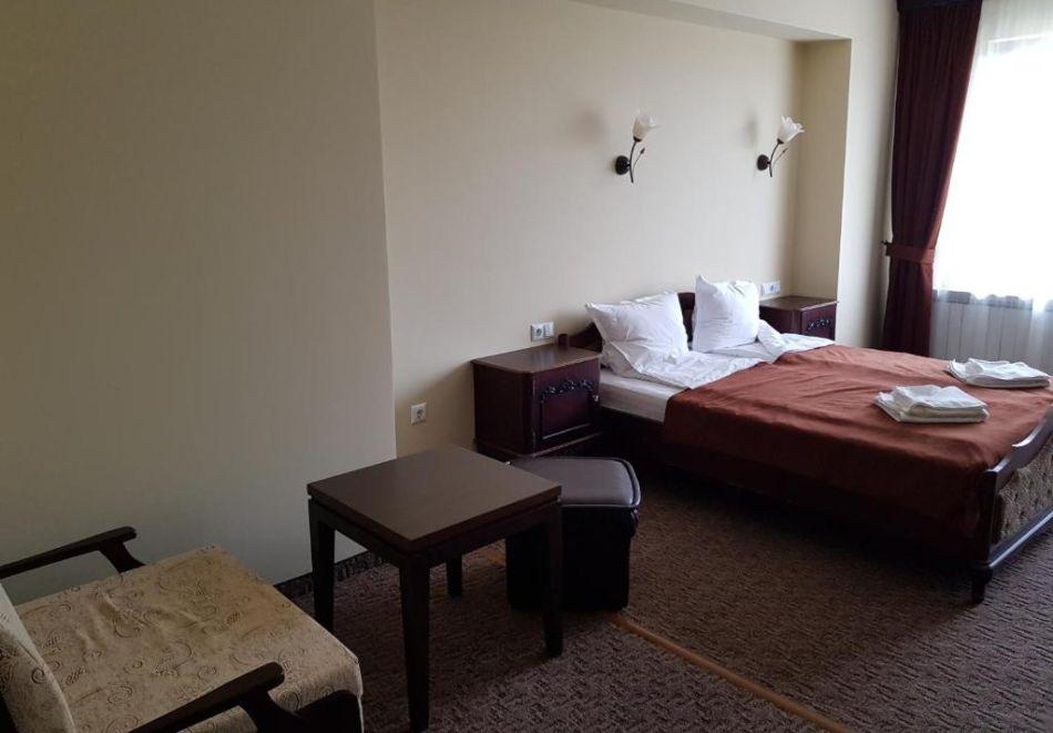 През Юли и Август в Трявна. 1 или 2 нощувки на човек със закуски и вечери в хотел Бела, Трявна, снимка 9