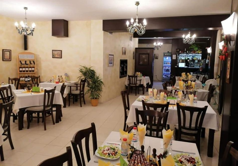 През Юли и Август в Трявна. 1 или 2 нощувки на човек със закуски и вечери в хотел Бела, Трявна, снимка 7