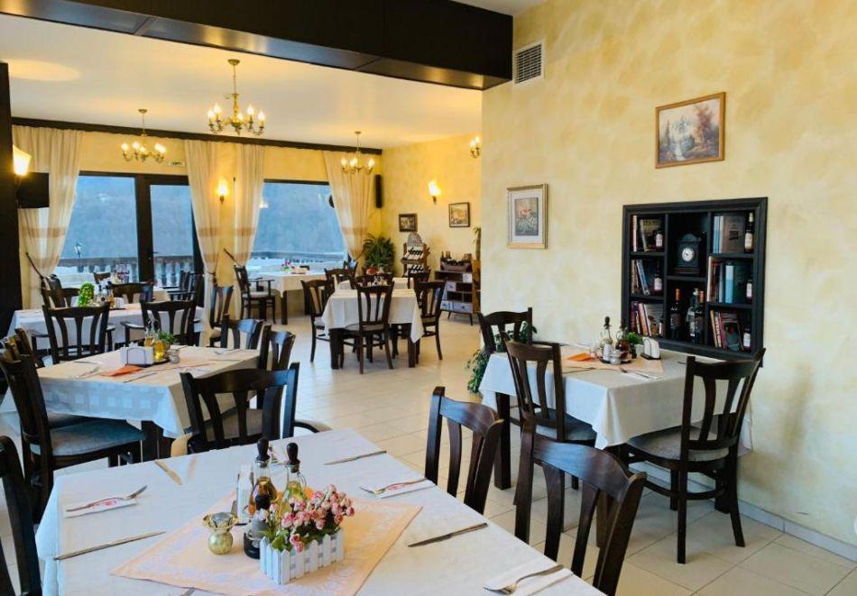 През Юли и Август в Трявна. 1 или 2 нощувки на човек със закуски и вечери в хотел Бела, Трявна, снимка 6