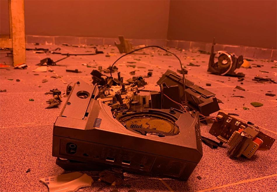 25 или 30 минути в антистрес стая Rage Room, София, снимка 5