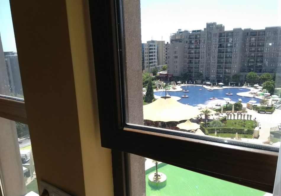 4, 5, 6 или 7 нощувки за двама + 1 дете + 4 басейна и релакс зона от Студио АРЕНДО в комплекс Роял Бийч Барсело, Слънчев бряг, снимка 31