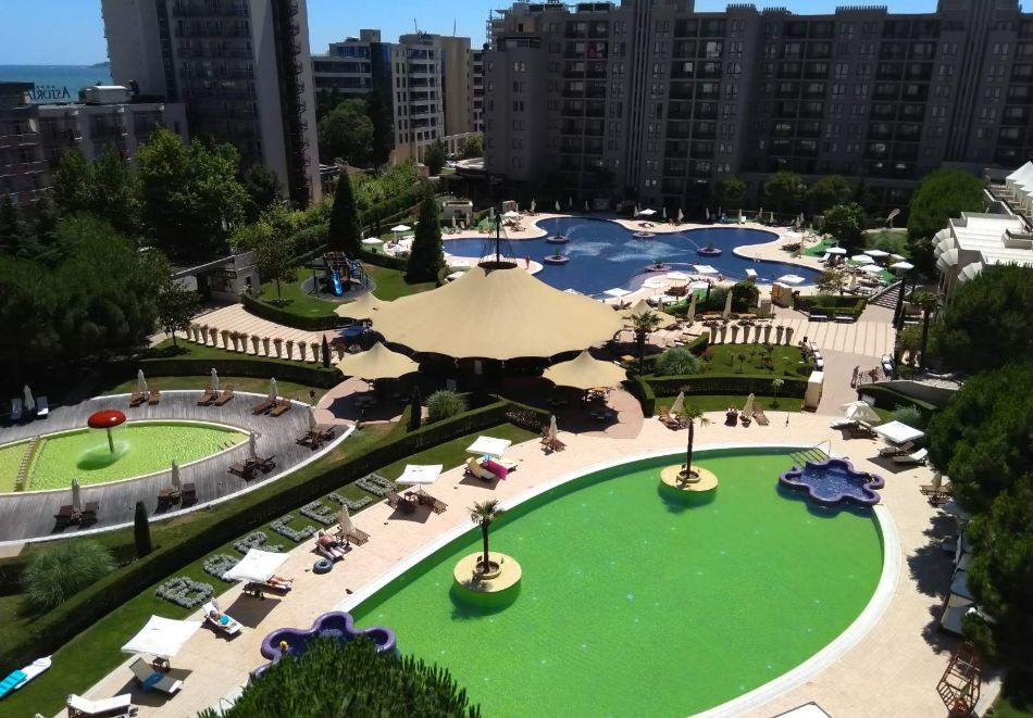 4, 5, 6 или 7 нощувки за двама + 1 дете + 4 басейна и релакс зона от Студио АРЕНДО в комплекс Роял Бийч Барсело, Слънчев бряг, снимка 5
