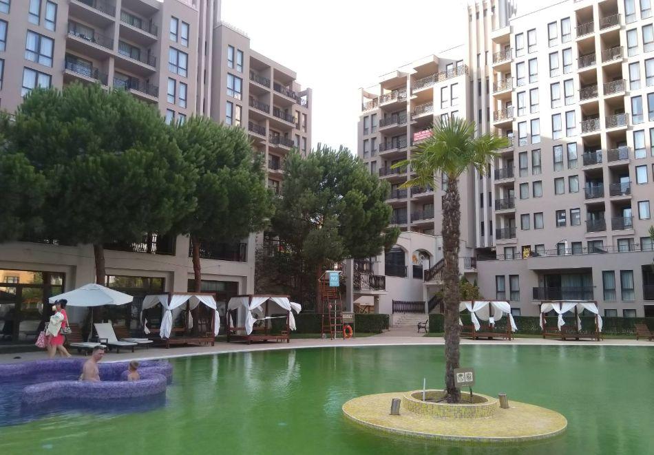 4, 5, 6 или 7 нощувки за двама + 1 дете + 4 басейна и релакс зона от Студио АРЕНДО в комплекс Роял Бийч Барсело, Слънчев бряг, снимка 7