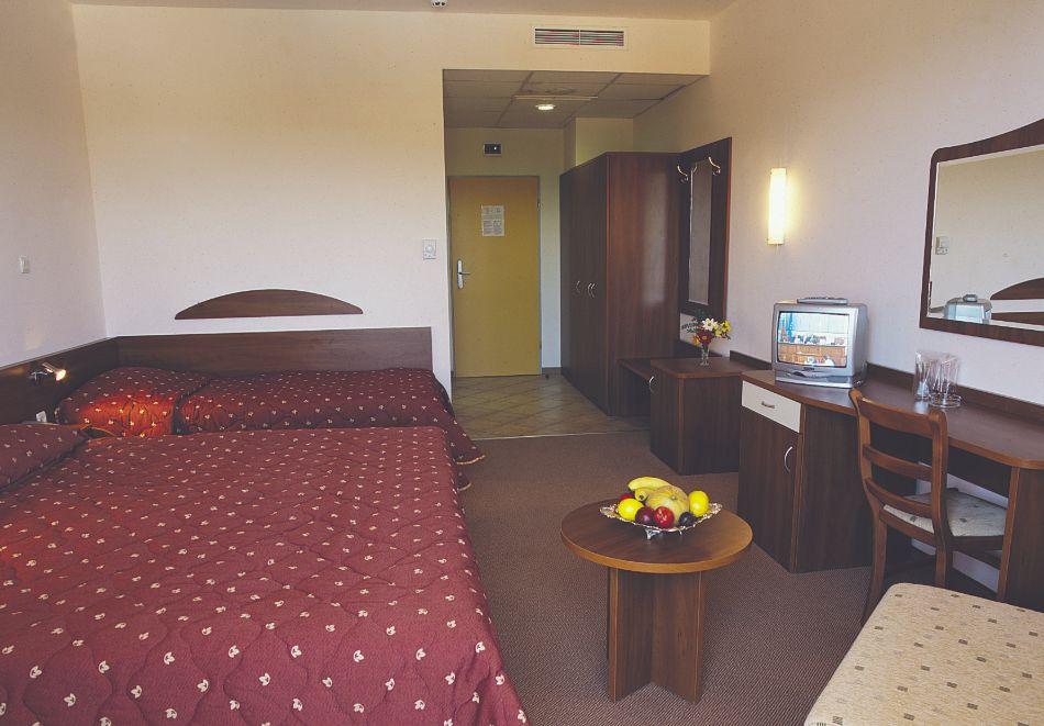 Нощувка на човек със закуска и вечеря в Парк хотел Континентал***, Слънчев бряг, снимка 12