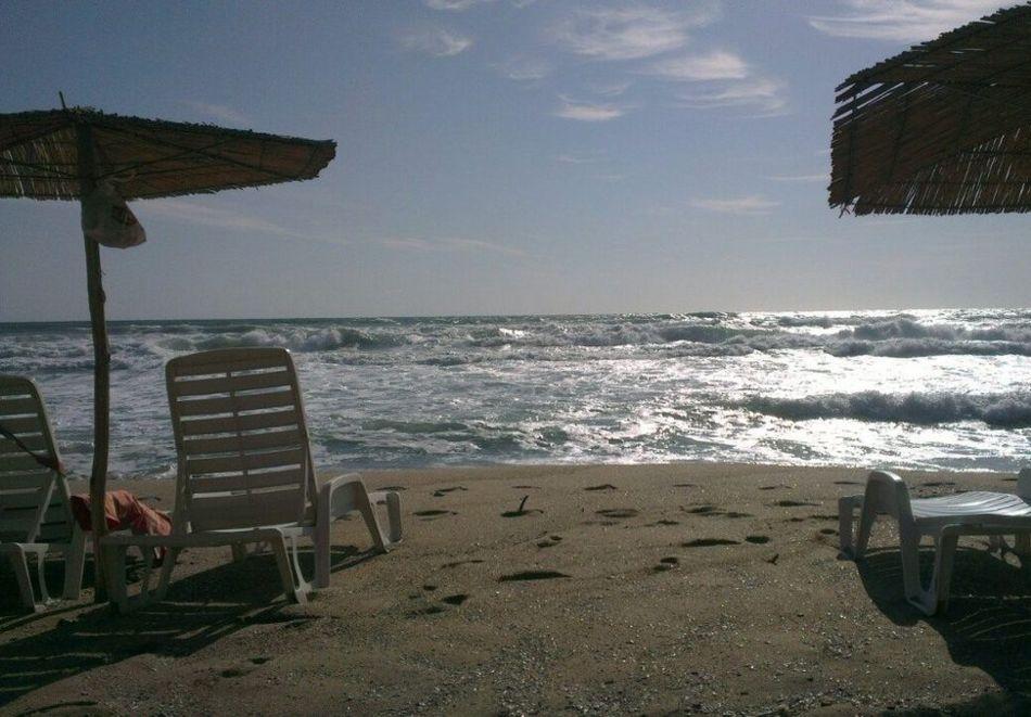 Нощувка на човек със закуска + басейн, чадър и шезлонг на плажа от хотел Аквамарин, Обзор, снимка 15