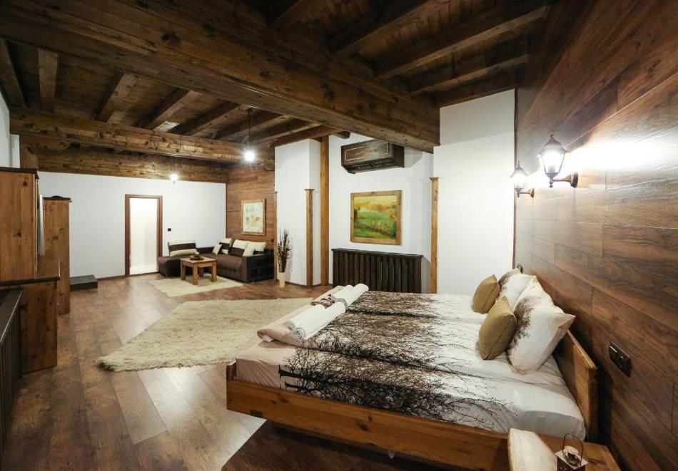 Почивка в Лещен Нощувка на човек със закуска + басейн и релакс пакет от Къща за гости Родопски кът, снимка 8