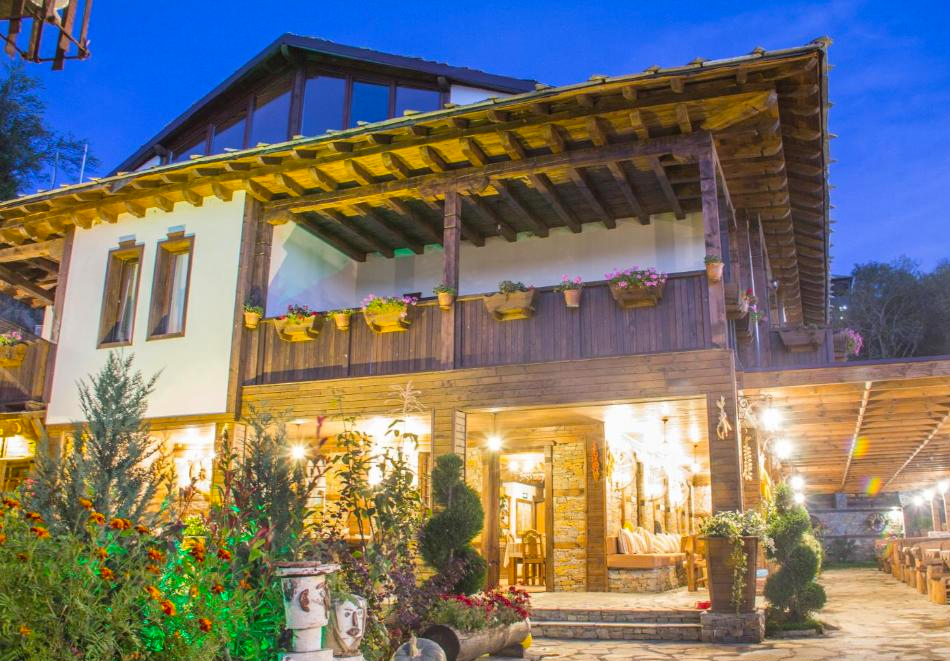 Къща за гости Родопски кът, с. Лещен