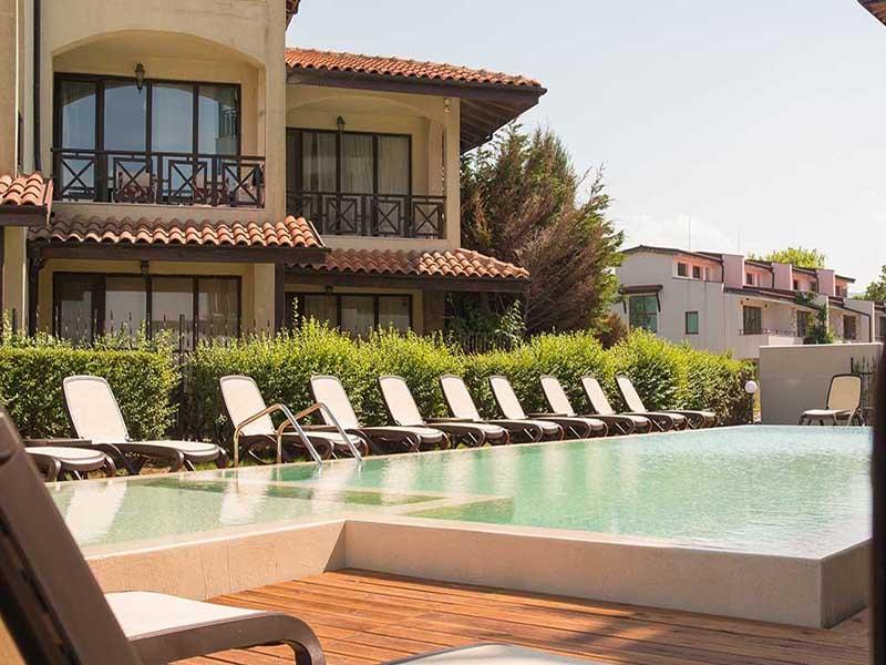 На ПЪРВА линия, плаж Оазис Бийч, Лозенец! Нощувка за ДВАМА или ТРИМА + басейн в хотел Оазис дел Сол. Дете до 12г. - безплатно, снимка 3
