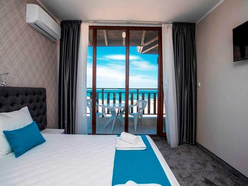 На ПЪРВА линия, плаж Оазис Бийч, Лозенец! Нощувка за ДВАМА или ТРИМА + басейн в хотел Оазис дел Сол. Дете до 12г. - безплатно, снимка 9