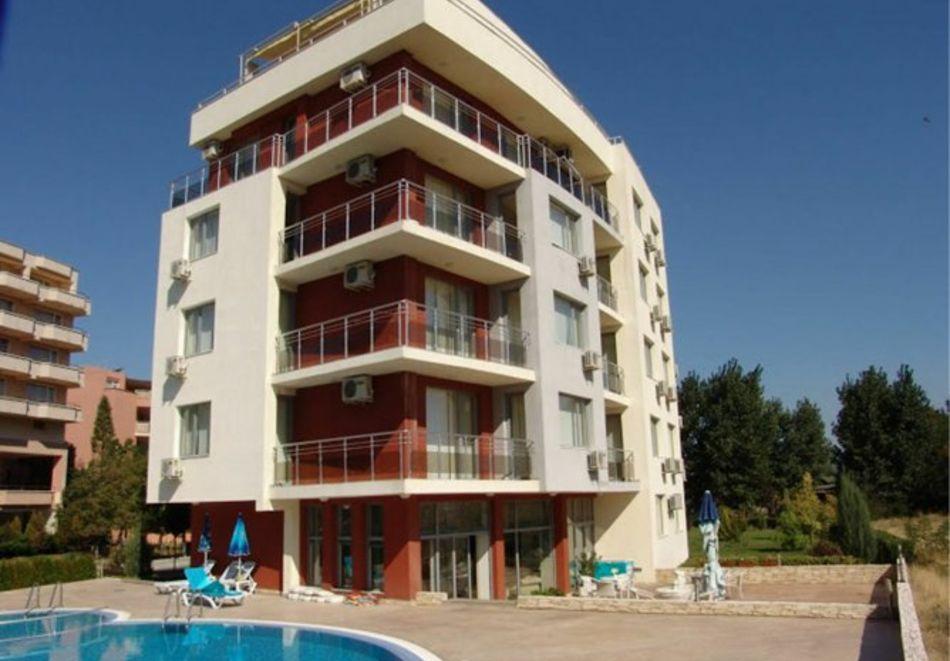 Нощувка за 5-ма в апартамент с гледка море + басейн от хотел Руби, Слънчев бряг, снимка 2