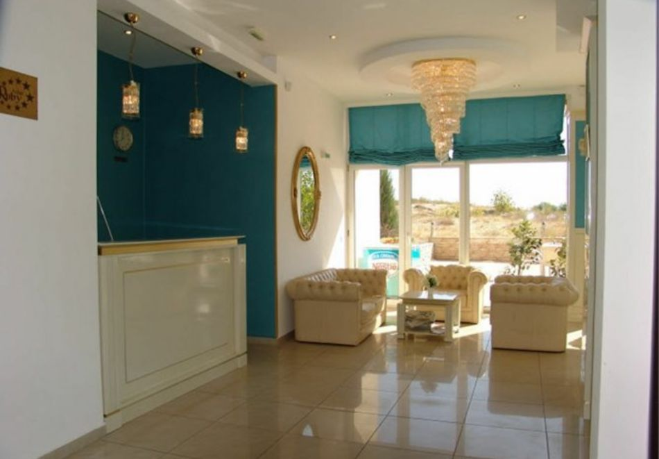 Нощувка за 5-ма в апартамент с гледка море + басейн от хотел Руби, Слънчев бряг, снимка 14