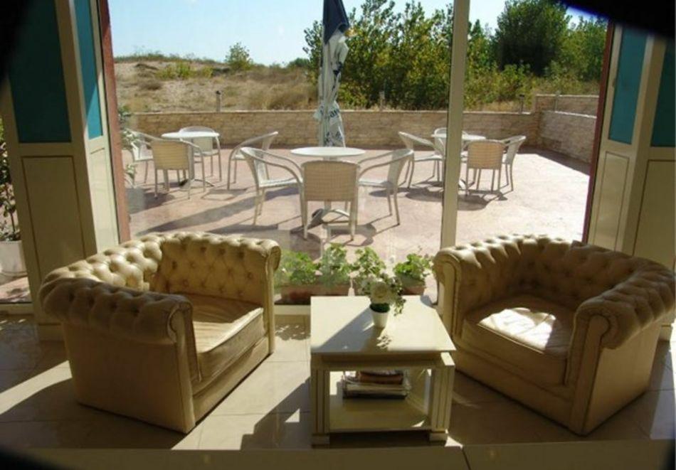 Нощувка за 5-ма в апартамент с гледка море + басейн от хотел Руби, Слънчев бряг, снимка 18