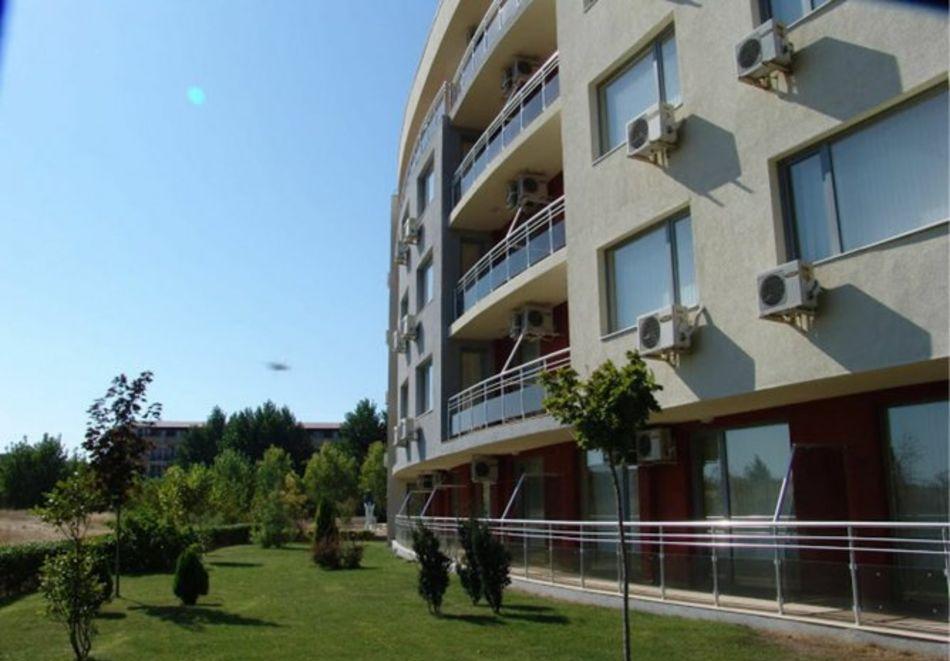 Нощувка за 5-ма в апартамент с гледка море + басейн от хотел Руби, Слънчев бряг, снимка 5