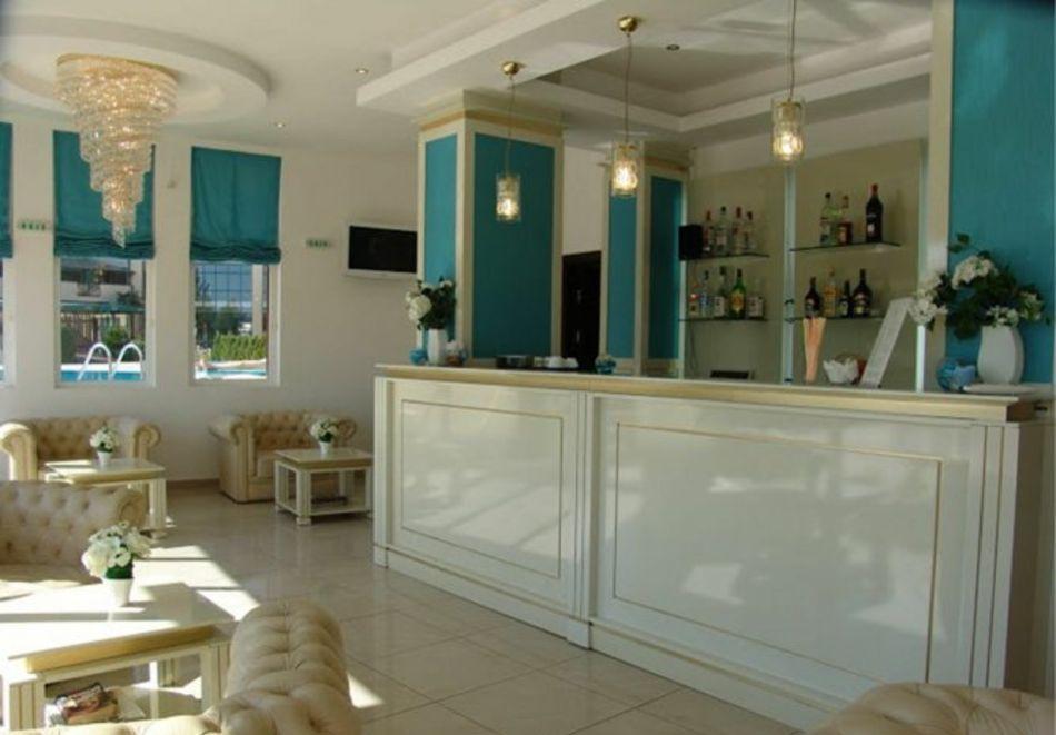 Нощувка за 5-ма в апартамент с гледка море + басейн от хотел Руби, Слънчев бряг, снимка 12