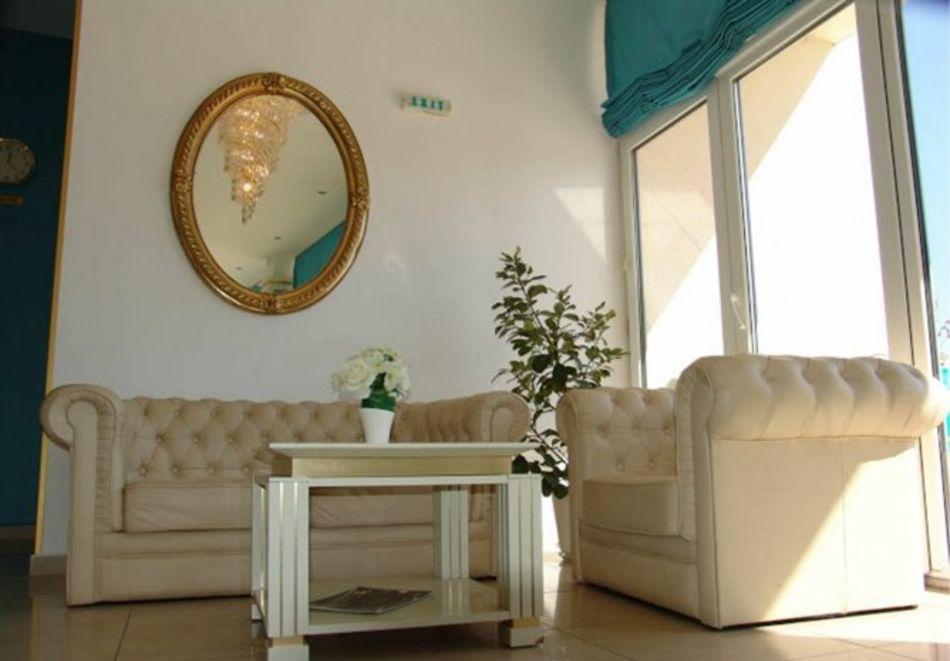 Нощувка за 5-ма в апартамент с гледка море + басейн от хотел Руби, Слънчев бряг, снимка 16