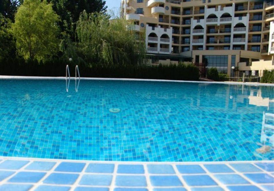 Нощувка за 5-ма в апартамент с гледка море + басейн от хотел Руби, Слънчев бряг, снимка 6