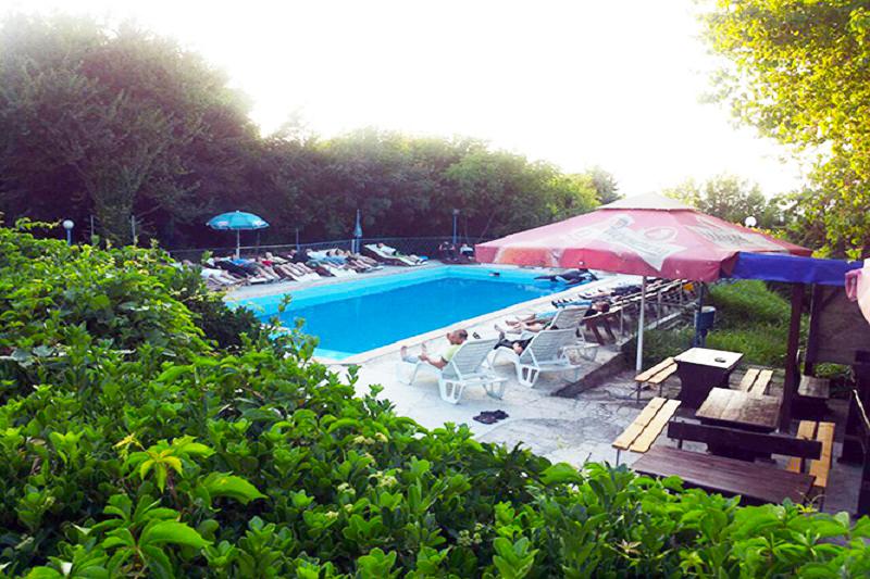 Лято в Златни Пясъци! Нощувка на човек на база All Inclusive + басейн в хотел Писател, снимка 3