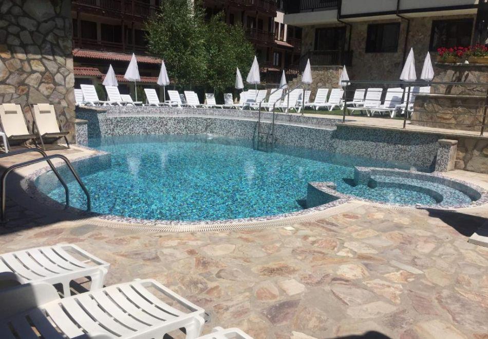 2 или 3 нощувки на човек на база All inclusive light + външен и вътрешен басейн, сауна и парна баня от хотел Мария Антоанета, Банско, снимка 9