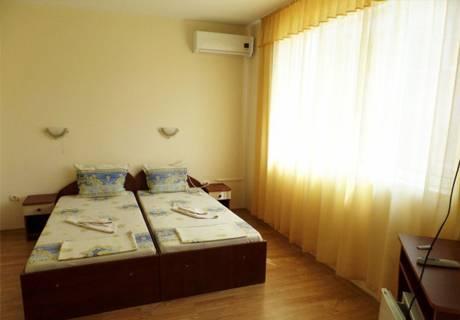 Къща за гости Айсберг, Равда, снимка 6