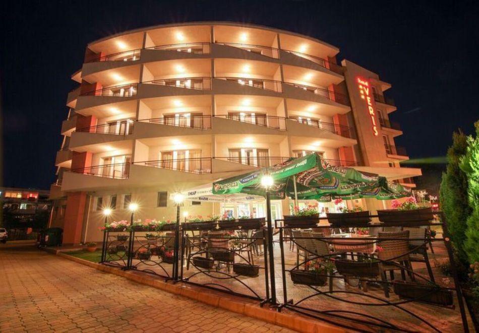 Късно лято в Слънчев бряг! 3+ нощувки на човек + басейн в хотел Верис, снимка 22