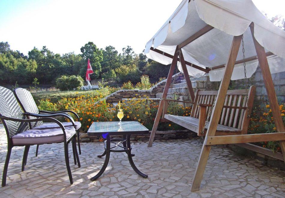 Почивка в Родопите! Нощувка на човек със закуска и вечеря в хотел Енчеви, с. Кирково, на 8 км. от Гърция, снимка 11