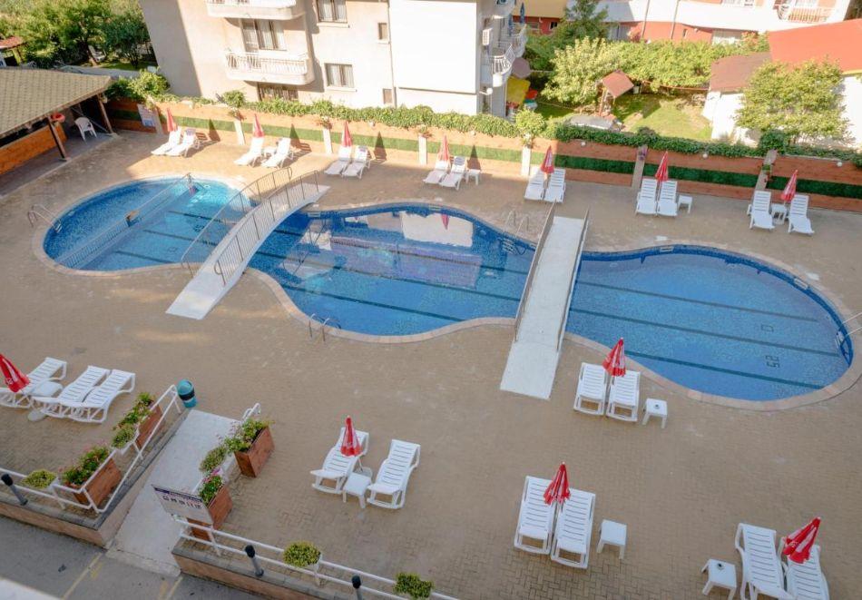 Лято в Константин и Елена! Нощувка на човек на база All Inclusive + басейн от хотел Аврора***, снимка 5