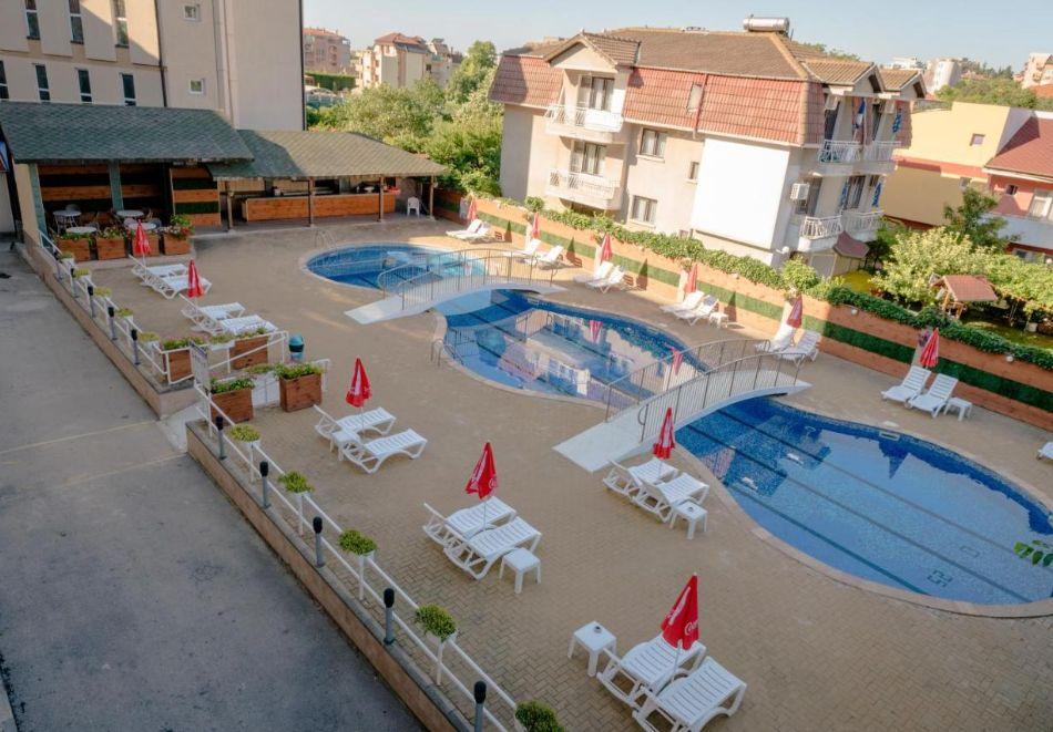 Лято в Константин и Елена! Нощувка на човек на база All Inclusive + басейн от хотел Аврора***, снимка 2