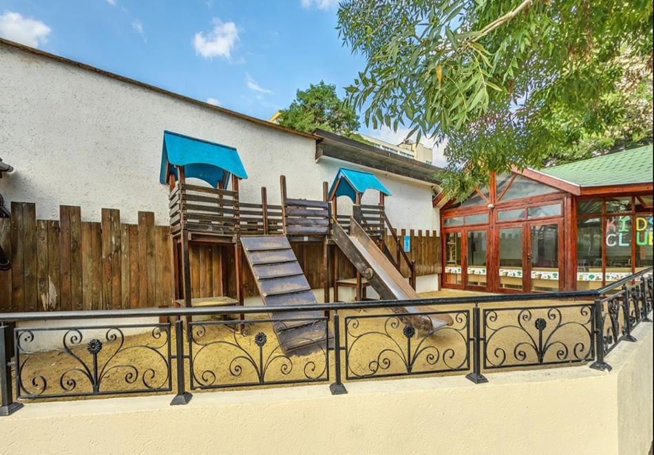 09.09 - 25.09: Нощувка на човек на база All Inclusive + басейн в ДАС клуб хотел, Слънчев бряг. Дете до 12г. БЕЗПЛАТНО, снимка 23
