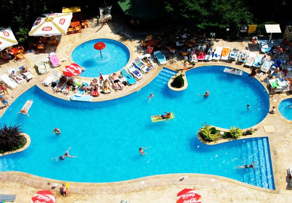 Нощувка на човек на базаAll Inclusive + басейн, чадър и шезлонг от хотел Хелиос Спа, Златни Пясъци. Дете до 11.99г. БЕЗПЛАТНО!, снимка 5