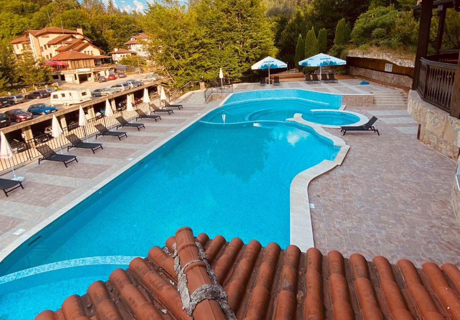 1 или 2 нощувки на човек със закуски и вечери + минерален басейн и релакс зона в обновения хотел Алфарезорт Палас, Чифлика, снимка 6