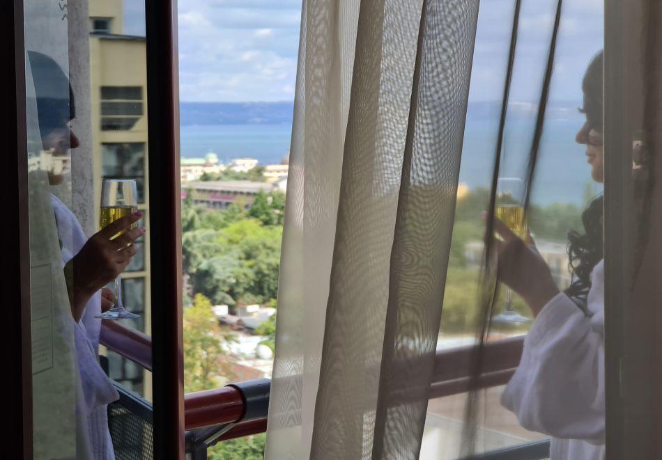 Нощувка на човек на базаUltra All Inclusive + басейн, чадър и шезлонг на плажа от хотел Аполо Спа Ризорт, Златни Пясъци. Дете до 11.99г. БЕЗПЛАТНО!, снимка 24