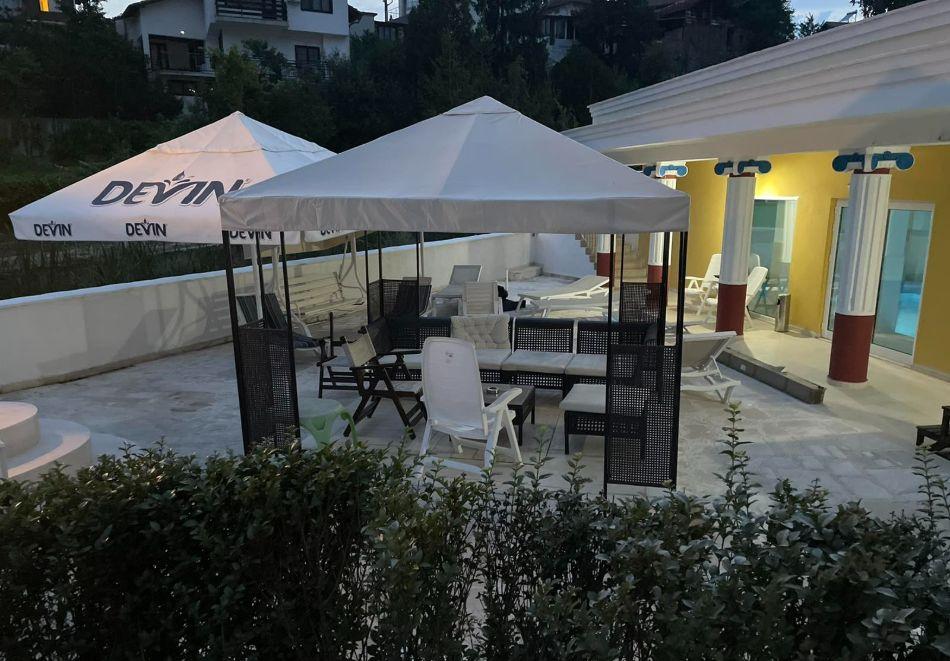 Нощувка на човек със закуска и вечеря + басейн с минерална вода и релакс зона от хотел Алексион Палас, Огняново, снимка 15
